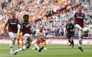 Wembley win puts West Ham back in the big time