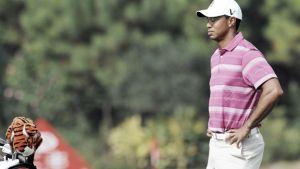 Tiger Woods deja el golf por un tiempo indefinido