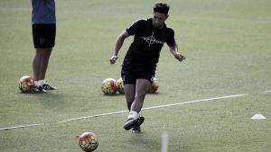 Tighadouini entrena y estará en Gijón