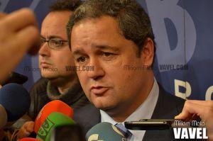 En A Coruña: nuevo presidente, victoria probable