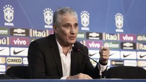Brasile, le convocazioni di Tite: torna Diego, out Gabriel Jesus. Ancora a casa Alex Sandro