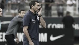 """Carille aprova desempenho do Corinthians e exalta pontuação: """"Número expressivo demais"""""""