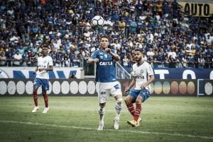 Em jogo equilibrado, Cruzeiro fica atrás no placar e arranca empate com Bahia no Mineirão