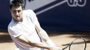 Tomic se retira lesionado en Niza