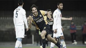 Luca Toni da la puntilla al Nápoles