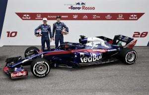 Com motores Honda, Toro Rosso lança o novo STR13 em Barcelona