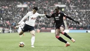 Tottenham sonríe, Huddersfield a luchar por no descender