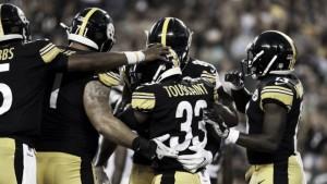 Pittsburgh ahogó la vuelta de los Eagles