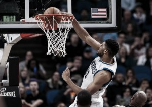 Karl-Anthony Towns leads Minnesota Timberwolves in blow out victory over the Los Angeles Clippers