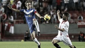 El Almería rindió su homenaje a Antonio Puerta