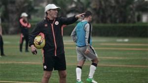 """Pedro Troglio: """"Si la ADFP nos da la contra, igual jugaremos el Clásico con lo que tenemos"""""""