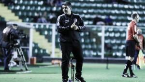 Tuca Guimarães analisa empate em casa do Figueirense diante do lanterna América-MG