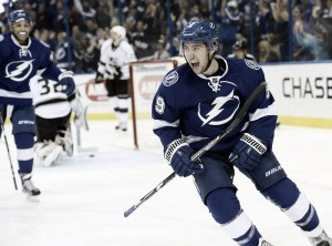 Arizona Coyotes: Trade for Tyler Johnson has merits