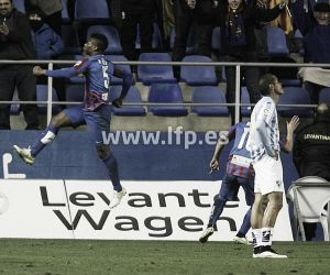 Levante 4-1 Málaga: Barral hat-trick wins hosts three points