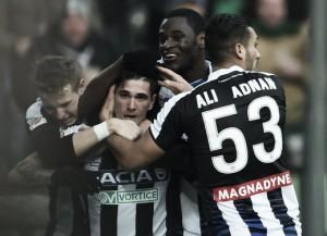 El Udinese y el colegiado frenan al Milan