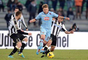 Cornada al Udinese en su estreno en Friuli