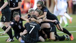 España revive, Irlanda roza el milagro, Holanda y Noruega toman ventaja en su grupo y Bélgica cae eliminada