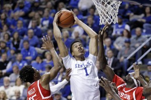 #1 Kentucky Wildcats Take On South Florida Bulls In Miami