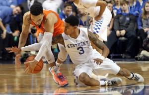 #20 Kentucky Wildcats Clamp Down On Florida Gators; Alex Poythress Injured