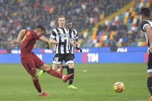 Serie A - Stavolta Oddo sbaglia, la Roma non perdona l'Udinese al Friuli (2-0)
