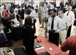 La tasa de desempleo de Estados Unidos cae al 6.3 %