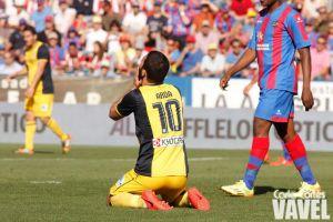 El Atlético deja la Liga abierta tras caer frente al Levante