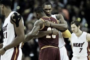 Chris Bosh asegura que LeBron irá a Houston Rockets