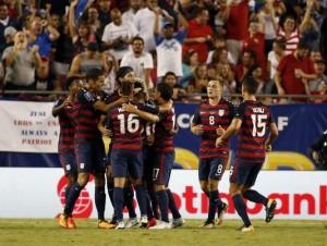 Matt Miazga's late goal lifts the US to a 3-0 win, win group B