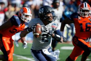 Utah State Runs Away With New Mexico Bowl