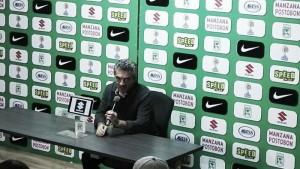 """Juan Manuel Lillo: """"A todos nos gusta el equipo del primer tiempo pero metiéndola"""""""