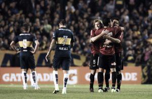 Newell's derrota o Boca Juniors na Bombonera em noite de estreias
