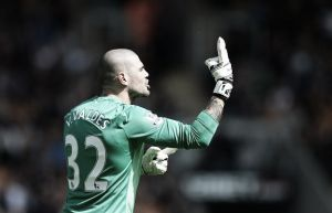 Liverpool and Chelsea to make shock bids for Manchester United's Victor Valdes