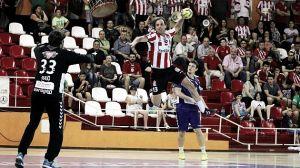 El balonmano Aragón logra dos puntos para la permanencia