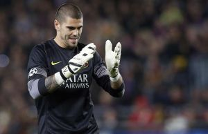 Victor Valdes fails medical at Monaco