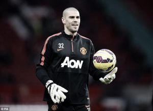 Victor Valdes set for debut against Cambridge United in FA Cup tie