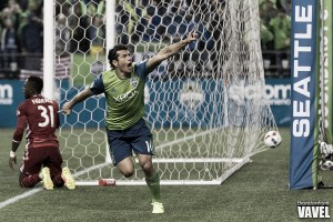Audi 2016 MLS Cup Playoffs: Seattle Sounders take commanding series lead with late blitz vs FC Dallas