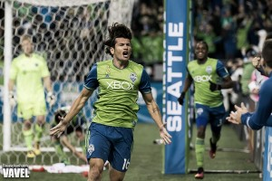 Audi 2016 MLS Cup Playoffs: Seattle Sounders leave it late, defeat Sporting Kansas City