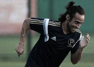 Valdivia participa de treinamento, mas ainda é dúvida para o jogo contra o Bahia