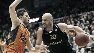 Telenet Oostende - Valencia Basket: primer 'match ball' para el Valencia Basket