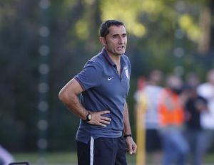 """Valverde: """"¿Incorporaciones desde Inglaterra? Luis Suárez, pero se ha ido al Barça"""""""