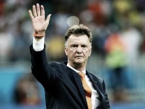 Louis Van Gaal dice adiós a los banquillos
