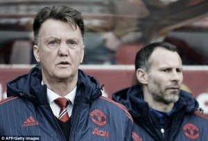"Van Gaal admits reaching the top four will be ""very difficult"""