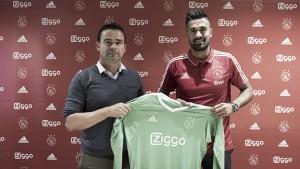 Van Leer refuerza el arco del Ajax