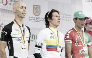 Rigoberto Urán, en lo más alto del podio del Campeonato Nacional en contrarreloj