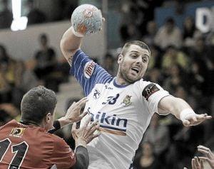 Fraikin Granollers consigue una victoria ajustada frente a Bada Huesca