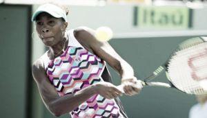Venus Williams vence Caroline Wozniacki em Miami e avança às quartas de finais