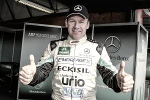 Wellington Cirino larga na frente pela Fórmula Truck no Velopark