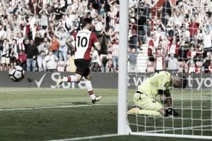 Austin marca no fim e Southampton supera West Ham em jogo emocionante