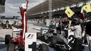 Vettel mostra evolução da Ferrari e vence na Malásia