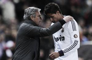 Varane agradece Mourinho por crítica construtiva na temporada 2012/13